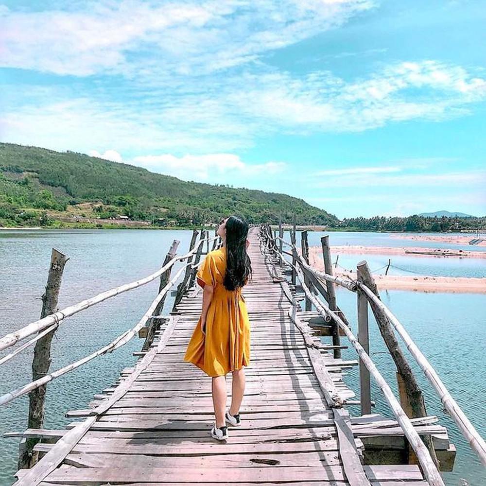 Check-in cầu gỗ dài nhất – Cầu Ông Cọp Phú Yên